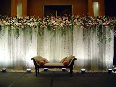 Birthday Party Decoration: Wedding Party Stage Decoration