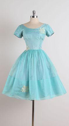 Spring Hatch . vintage 1950s dress . vintage by millstreetvintage