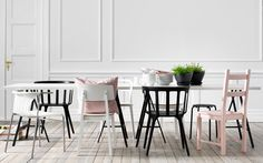 Give all your dinner guest a comfortable place to sit around the table with IKEA's diverse selection of quality dining room chairs at affordable prices. Chaise Ikea, Ikea Chair, Dining Nook, Dining Chairs, Dining Table, Ikea Ps 2012, Table Ikea, Ikea Home, Modern Kitchen Design