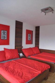 Twitter / @artroomsgstezim Bed & Breakfast, Art Rooms, Furniture, Twitter, Home Decor, Homemade Home Decor, Home Furnishings, Interior Design, Home Interiors