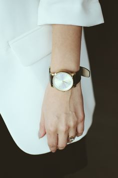 Mammazine Black outfit - watch