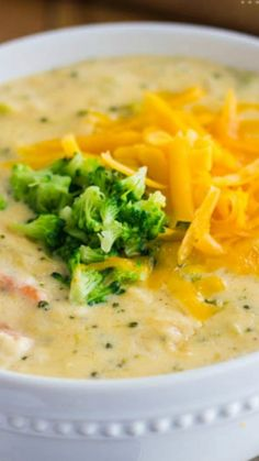 Copycat Panera Broccoli Cheese Soup ~ A creamy and delicious soup that tastes just like Panera Bread!