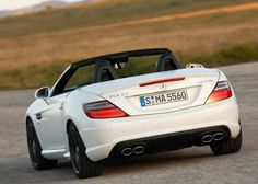 Roadster Mercedes-Benz SLK generation (factory index model) was presented to the fans of speed and drive at the Geneva Motor Show in Luxury Car Rental, Luxury Cars, Mercedes Slk Amg, Roadster Car, Geneva Motor Show, Dream Machine, Cool Pictures, Slc, Shots