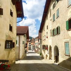 #bergdorf #alpen #swissalps #swissviews #swissmountains #switzerlandtrip #switzerland🇨🇭 #super_switzerland #visitswitzerland_summer #bündnerland #europe_vacations #bella_shots #grhome #graubünden #places_wow #exploringeurope #exploringeurope #villages #blickheimat #beautifulswitzerland #wu_switzerland #wu_europe #mountainlife #wowplacestogo #wu_switzerland #wesharethealps #feelthealps #world_bestangels #exploring_shotz #bergün #besteurope #loves_united_europe Switzerland Summer, Swiss Alps, Mountain S, Berg, Instagram, Alps