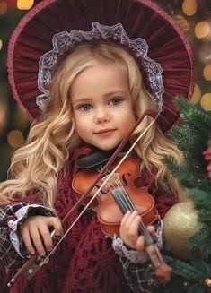 Beautiful Little Girls, Cute Little Girls, Beautiful Children, Beautiful Babies, Girl Photography, Children Photography, Amazing Photography, Cute Kids Pics, Cute Baby Pictures
