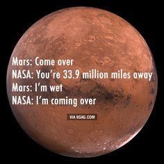 Texts between Mars and NASA - 9GAG