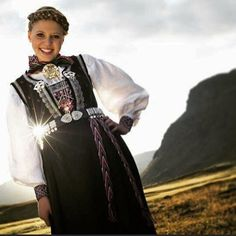 Traditional Outfits, Norway, Scandinavian, Sari, Clothes, Beauty, Instagram, Dresses, Fashion