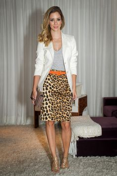 leopard pencil skirt+grey t-shirt+orange belt+white blazer+neutral bag+gold shoes
