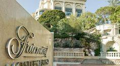 Un des plus grands hôtels de luxe d'Europe, le Fairmont Monte Carlo, entièrement équipé de connexion WIFI, vous invite à découvrir ses 602 chambres, suites et résidences ainsi que ses deux restaurants, son bar Saphir, son extraordinaire spa Willow Stream ainsi que sa piscine, lieu idéal pour se ressourcer dans un cadre idyllique, ses 18 salles de réunion et sa galerie marchande. Cette adresse est une petite île en soi, située à Monaco, le quartier le plus huppé du monde.