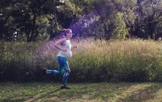 Running Pregnant: Sports Supplements during pregnancy and Breastfeeding. A question I've been getting allot since my first pregnancy is what sports nutrition is 'ok' to use when Pregnant or breastfeeding? Vegan Blueberry, Pregnant Mother, First Pregnancy, Fit Board Workouts, Sports Nutrition, Breastfeeding, Health Fitness, Running Tips, This Or That Questions