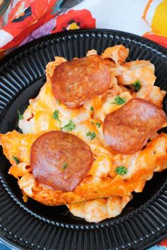 PEPPERONI PIZZA PASTA BAKE!