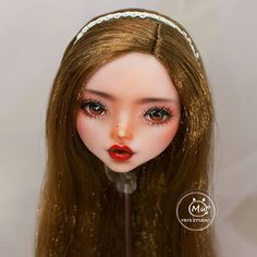 #monsterhigh #ooak #doll #dollrepaint #mu #monsterhighdolls #dollphotography Monster High Repaint, Monster High Dolls, Food Sculpture, Dress Up Dolls, Doll Repaint, Bjd Dolls, Ball Jointed Dolls, Sculpting, Mini