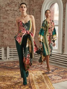Pre-Fall19 RTW: Oscar de la Renta's Voyage to India and Morocco   The Luxe Lookbook   Floral strapless bustier top with black pants and dress   #ODLR #fashionweek #designerfashion #cuteoutfits #dresses #gowns