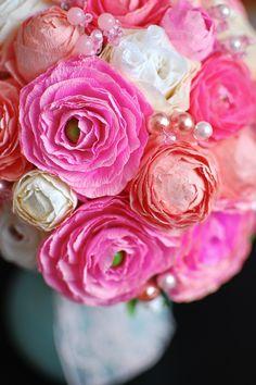 DIY paper flowers - ranunculus.