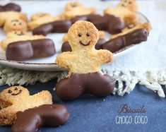 biscuits noix de coco Biscuits Croustillants, Kids Corner, Chocolate, Gingerbread Cookies, Brownies, Cake Recipes, Muffins, Desserts, Food