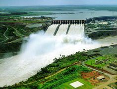 The Itaipu Dam, a partnership between Brazil and Paraguay, generated over 90,000 gigawatt hours of power in 2000—then a world record for hydroelectric generation. With a height of more than 196 meters, the dam stands as tall as a 65-story building. Its construction used enough steel to build 380 Eiffel Towers, along with 12.3 million cubic meters of concrete.