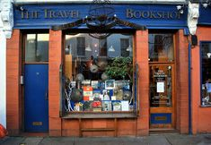Travel Bookshop in Notting Hill, London 2009 (fictionalized in a film starring Hugh Grant & Julia Roberts)