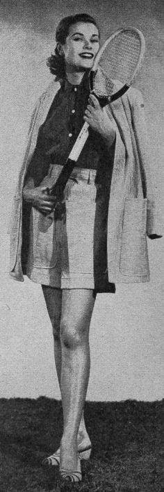 Grace Kelly in her modeling days.