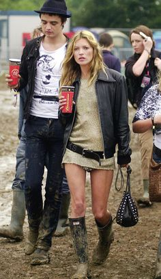 Kate Moss with Pete Doherty at Glastonbury Music Festival (2005)