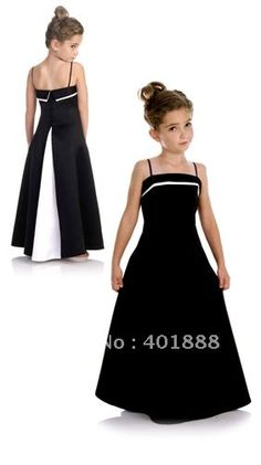 Could do similar with first day dress pattern baby dress – Artofit Junior Bridesmaid Dresses, Prom Dresses, Dress Prom, Little Girl Dresses, Flower Girl Dresses, Girls Dresses Sewing, Flower Girls, Dress Anak, Kids Frocks