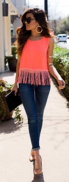 Like the top but would want it longer - wouldn't want it to show any stomach. Would prefer sleeves