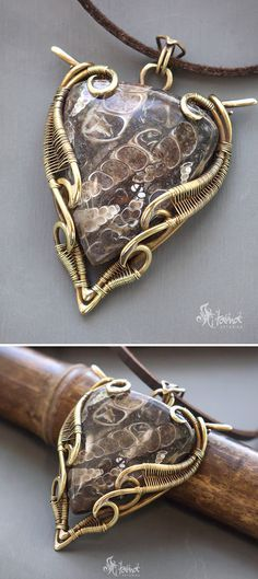 Big wire wrapped pendant