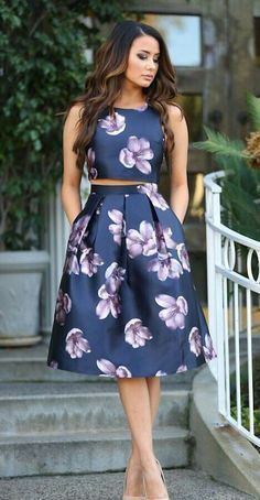 4 Razões para usar vestidos estampados - La meilleure image selon vos envies sur diy Vous cherchez une image qui va vous permettre de vous e - Stylish Dresses, Elegant Dresses, Pretty Dresses, Beautiful Dresses, Casual Dresses, Short Dresses, Fashion Dresses, Prom Dresses, Dress Prom