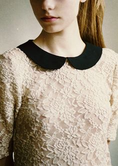 peter pan collars have a way of making life feel a little big magical Más Beautiful Outfits, Cute Outfits, Vintage Outfits, Vintage Fashion, Peter Pan Collars, Mein Style, Clothes Horse, Fashion Outfits, Womens Fashion