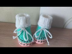 Knit Baby Dress, Baby Knitting, Crochet Hats, Fashion, Knitting Hats, Moda, Fashion Styles, Baby Knits, Fashion Illustrations