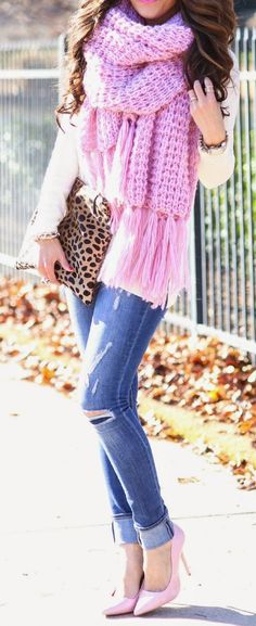 25 Beautiful Pink Outfits for Fall and Winter