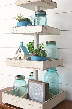 I love this easy spring decorating idea! Proof that serving trays aren't just