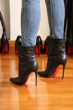 Click this image to show the full-size version. Hi Louboutin fans. Just wanted to share my Christian Louboutin boots. Stiletto Boots, High Heel Boots, Heeled Boots, Bootie Boots, Ankle Boots, Louboutin Shoes, Shoes Heels, Business Mode, Hot High Heels