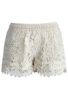 pretty wavy crochet shorts http://rstyle.me/n/vkmxmr9te