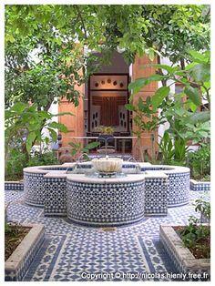 Riad Lune et Soleil - Fez Riads - That tiled fountain feeling in a courtyard.