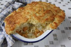 Woolton Pie - War time vegetarian Pie recipe. Devised by top London chef to produced a top class veg dish.