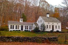 1000 images about saltboxes colonials and log cabin homes on pinterest colonial saltbox for Design plus kitchen and bath brookfield ct