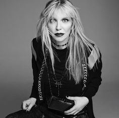 1000 images about courtney love the queen of rock on