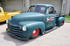 The best vintage cars hot rods and kustoms Chevy 3100, Chevy Pickup Trucks, Chevy Pickups, Gmc Trucks, Lowrider Trucks, Vintage Pickup Trucks, Classic Pickup Trucks, Vintage Cars, Show Trucks
