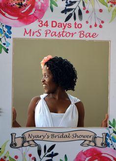 Bridal shower photo frame.