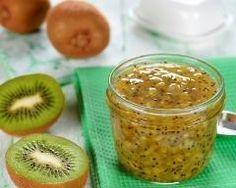 Confiture de pommes et kiwis : http://www.cuisineaz.com/recettes/confiture-de-kiwis-et-pommes-14873.aspx