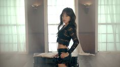Black Lace Top Fashion of T-ara Soyeon in Number 9