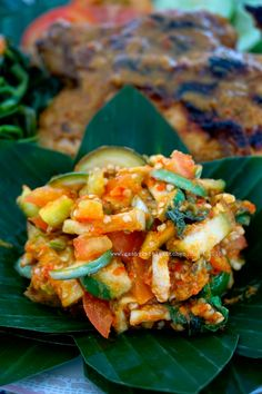 Beberuk Terong khas Lombok - Sashy Little Kitchen: Home Cooking and Food Traveller Veggie Recipes, Baby Food Recipes, Cooking Recipes, Indonesian Cuisine, Indonesian Recipes, Little Kitchen, Lombok, Salmon Burgers, Food And Drink