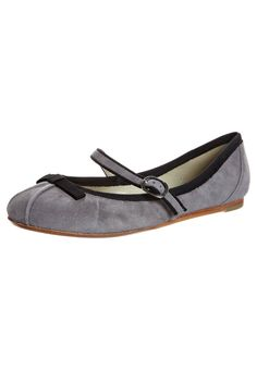 Ballet Pumps - grey,  by Cafenoir at Zalando, £70. Leather sole. Also in pink.