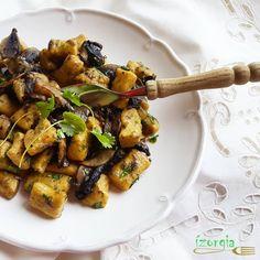 4 liszt a sikeres életmódváltáshoz! Kung Pao Chicken, Paleo, Breakfast, Ethnic Recipes, Food, Morning Coffee, Essen, Beach Wrap, Meals