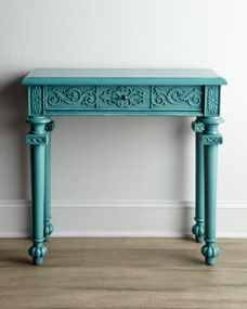 """Everything Turquoise: """"Tiffany"""" Console.hmmm have thought of painting my lil console in DR this. Console Furniture, New Furniture, Painted Furniture, Distressed Furniture, Accent Furniture, Decoration, Home Furnishings, Home Accessories, Entryway Tables"""