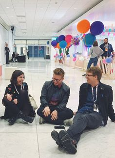 dodie clark, tyler oakley, and hank green pinterest: @ashlin1025