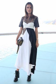 Alessandra Ambrosio  Design: Louis Vuitton