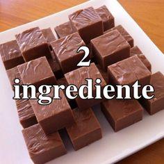 Ingrediente :  3 cani de fulgi de ciocolata 400 gr lapte condensat   Mod de preparare:   Amesteca intr-un bol fulgii de ciocolata cu laptele condensat, apoi trebuie sa pui ingredientele la  bain-marie  pana cand se topesc. Asaza compozitia intr-o... Romanian Desserts, Romanian Food, Good Food, Yummy Food, Tasty, Chocolate House, Chocolate Chips, Brownie Recipes, Bakery