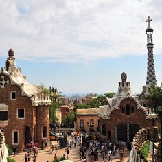 Strolling around Parc Güell  More pictures on this beautiful Park in Barcelona ❤