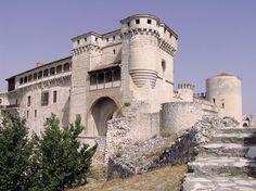 Castillo de los Duques de Alburquerque de  Cuéllar - Portal Fuenterrebollo